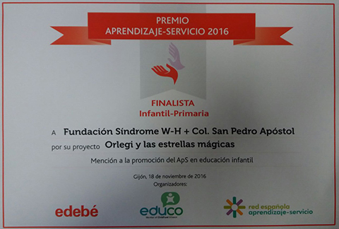 Entrega del DIPLOMA DE FINALISTA del PREMIO APRENDIZAJE SERVICIO 2016
